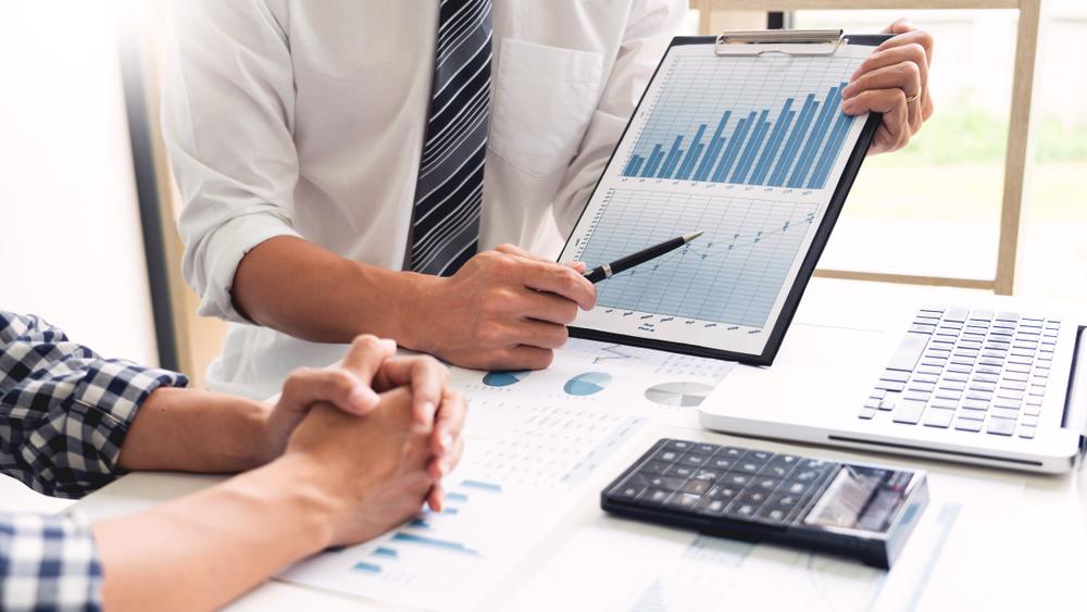 Buchhaltungssoftware für Kleinunternehmer, Freiberufler und Existenzgründer | Bild: indypendenz (Shutterstock)