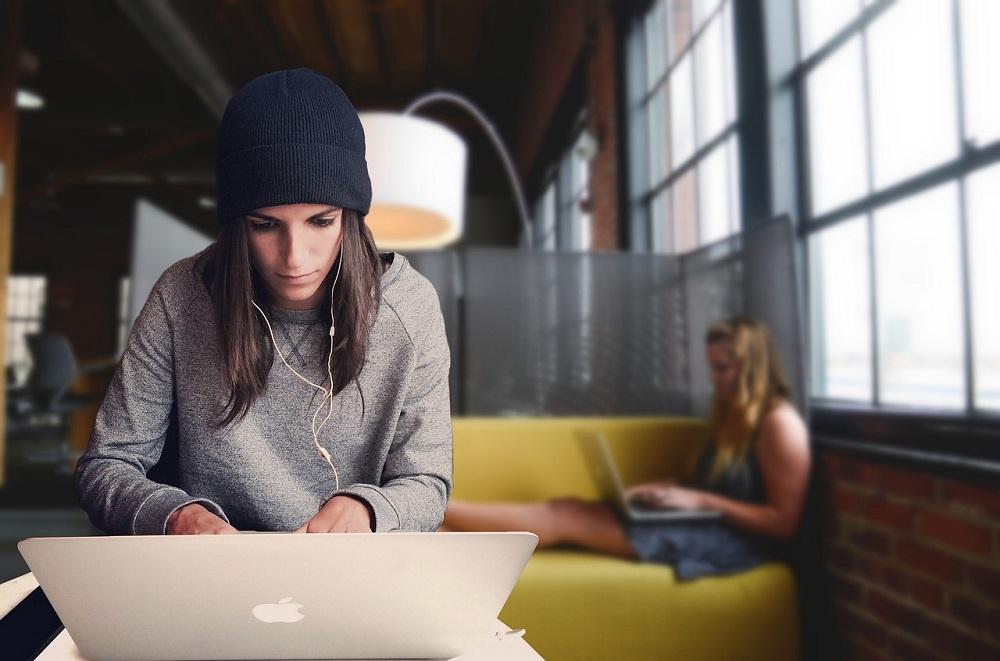 Wirtschaftsmagazin Gründerinnen und Unternehmerinnen - Foto Tumisu-pixabay